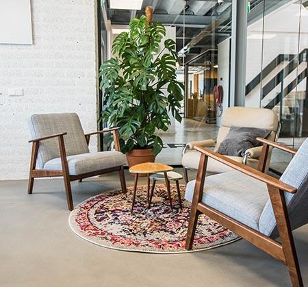https://www.apollo-workspaces.nl/wp-content/uploads/2018/02/detail-kantoor-opslagunit-zithoekje.jpg
